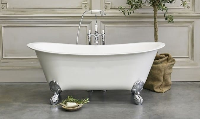 A Batello boat bath from Clearwater.