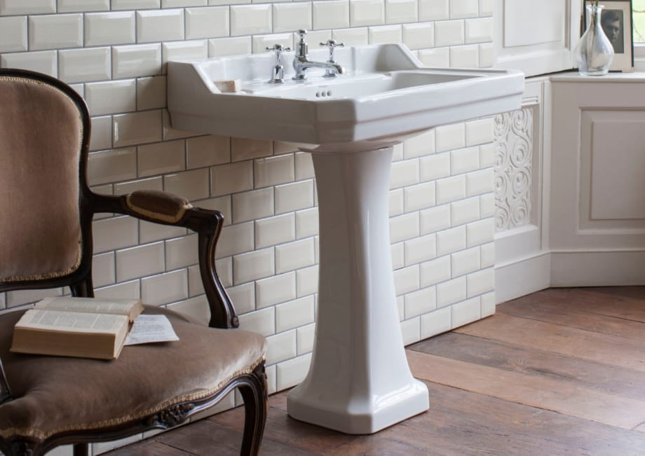 A Burlington edwardian basin with a full pedestal fitted.