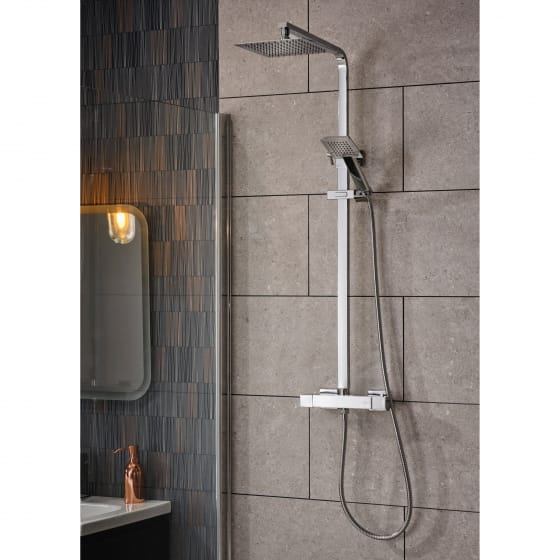 Image of Essential Observa Square Thermostatic Shower